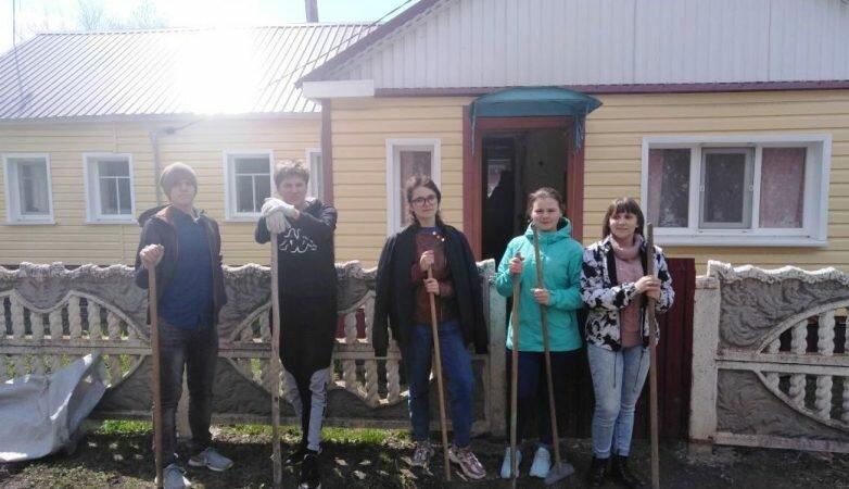 В рамках «Весенней Недели Добра»: помогли одинокой бабушке из села Ольховец